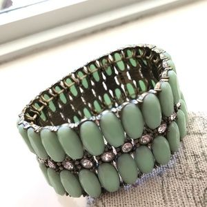 🔥JCrew layered Lucite Crystal Stretch Bracelet 🔥